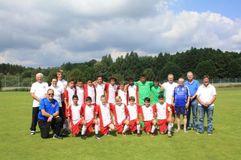 Gemeinsam in Schweden: Die U14-Junioren und Vertreter des BFV. Foto: BFV