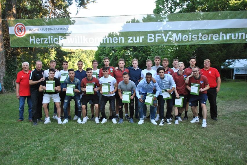 Auswahlspieler Des Jahrganges 2000 Verabschiedet ǀ Berliner Fußball